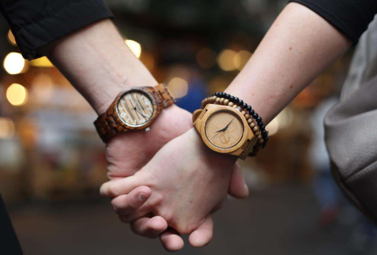 What do you know about wooden watch!
