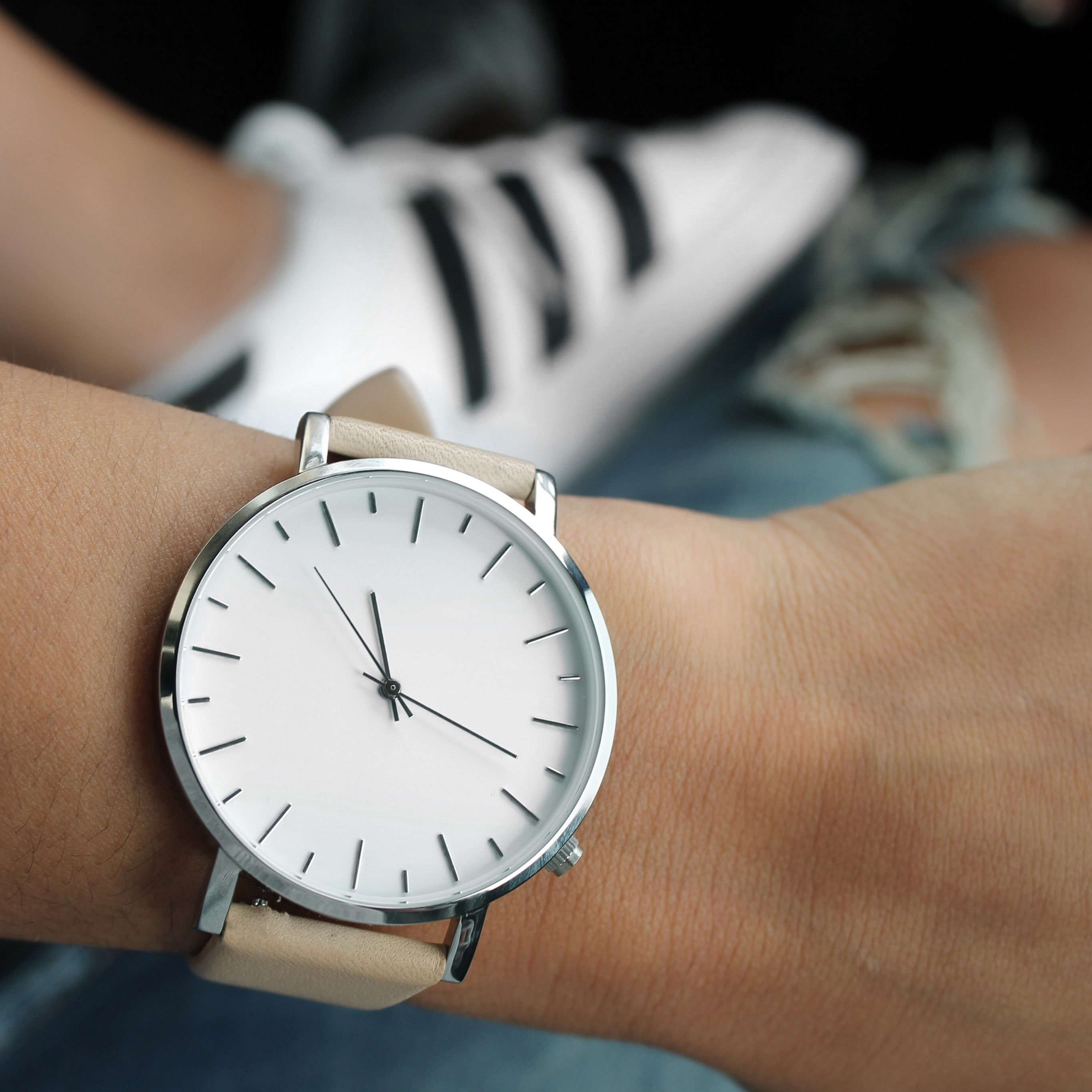 Watch material carbon