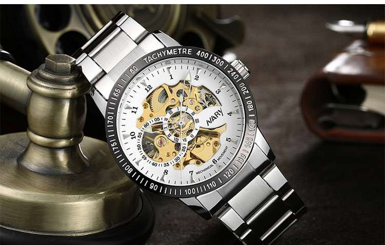 What should I pay attention to when customizing watches?