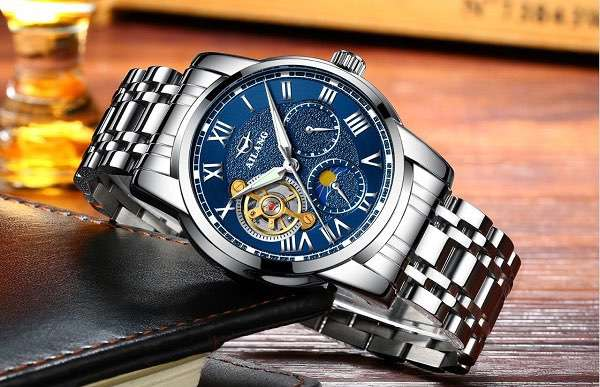 How often is the men's mechanical watch used for maintenance?